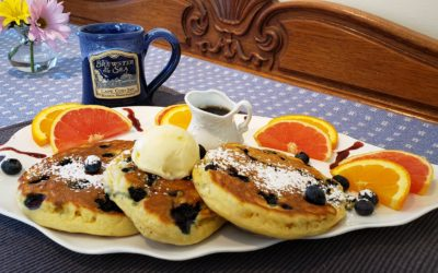 Recipe: Blueberry Crumb Pancakes