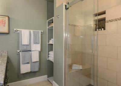 Acorn Room Bathroom | Brewster By the Sea Cape Cod B&B | Brewster, MA