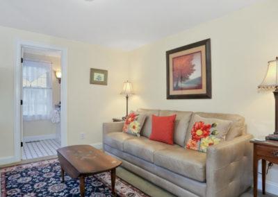 Refugio Suite Sofa | Brewster By the Sea Cape Cod B&B | Brewster, MA