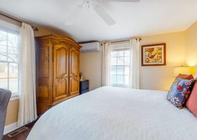 Beach Blossom Bed Side | Brewster By the Sea Cape Cod B&B | Brewster, MA