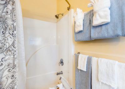 Sea Meadow Bath | Brewster By the Sea Cape Cod B&B | Brewster, MA