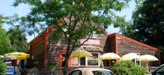 Best breakfast restaurants near Brewster
